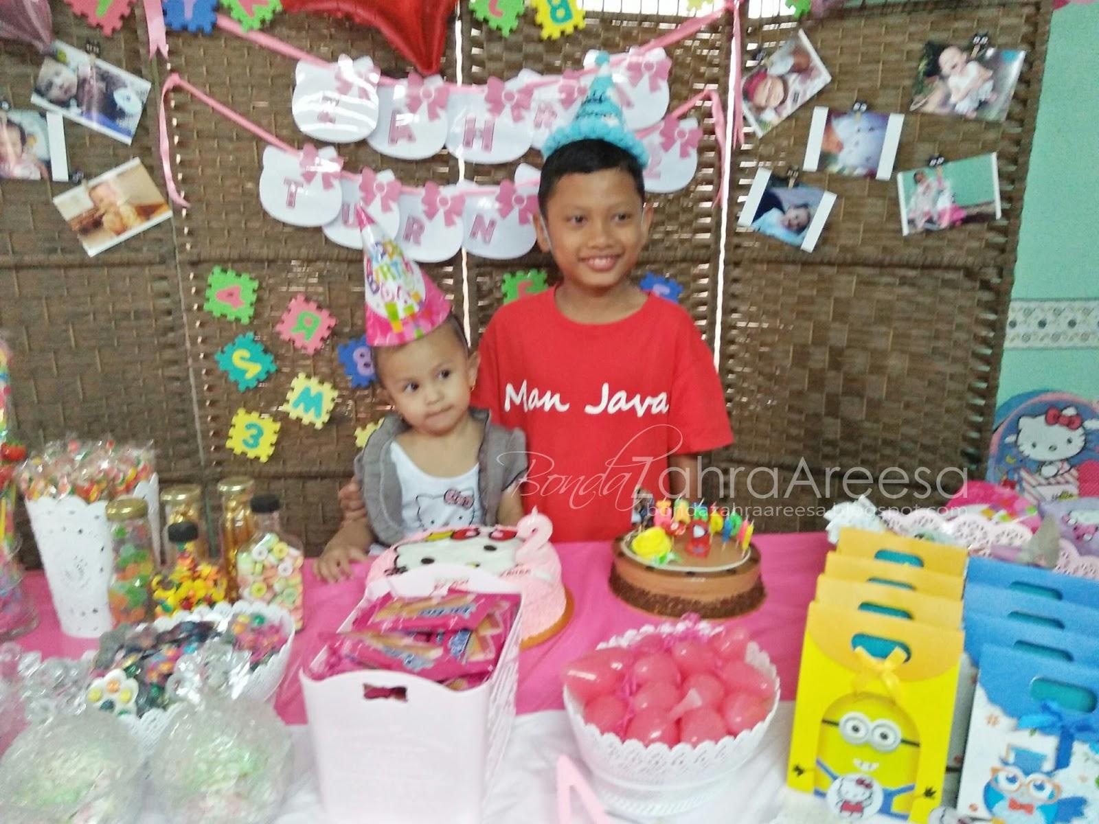 Sambut birthday dengan sepupu