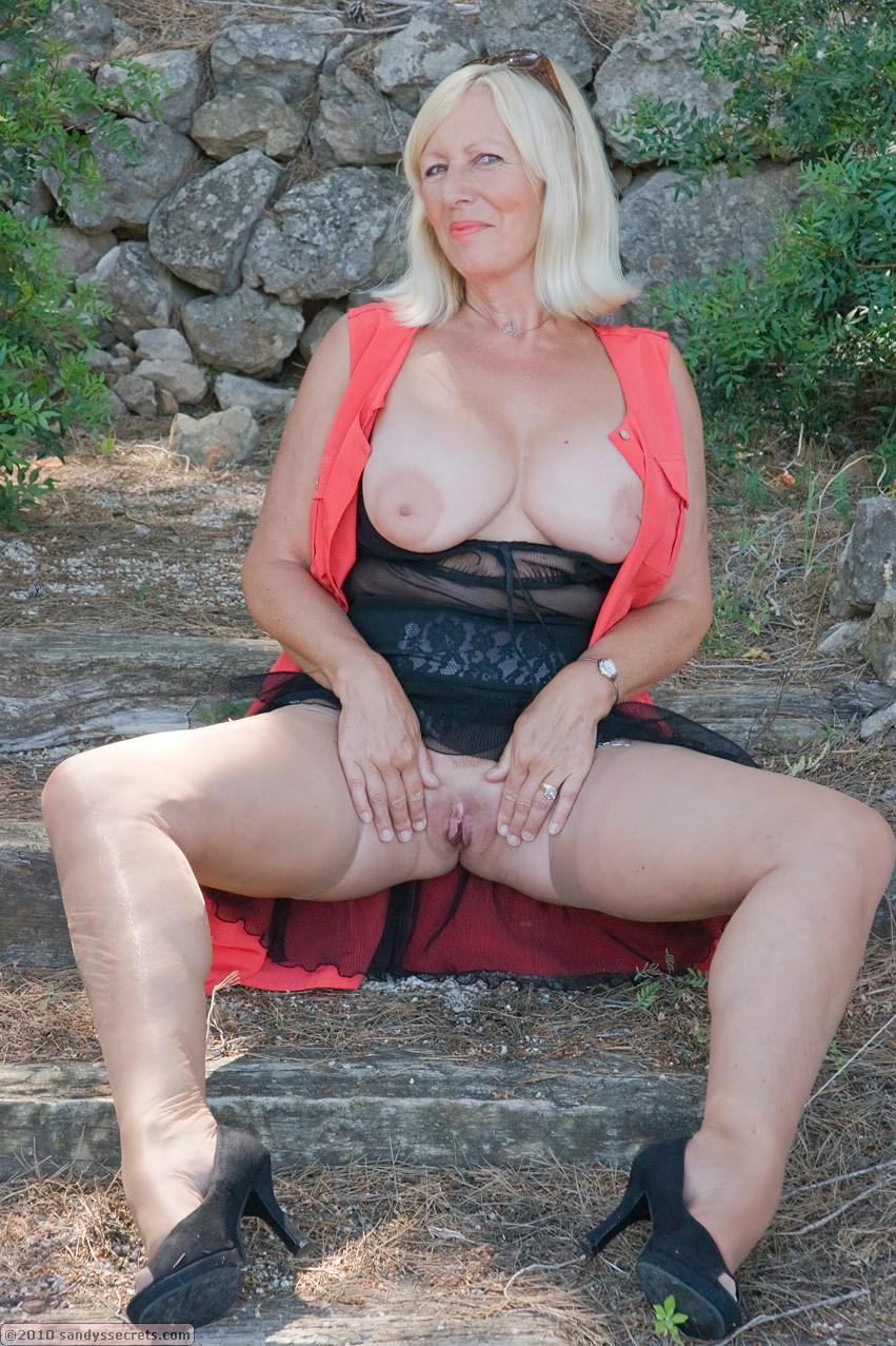 I am pierced anal sex with german escort nadia piercings - 1 part 5