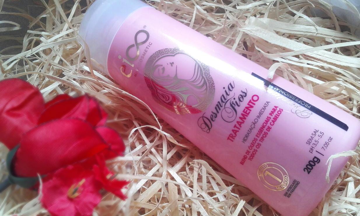 Imagem do produto Desmaia Fios da Eico New Cosmetic com uma flor