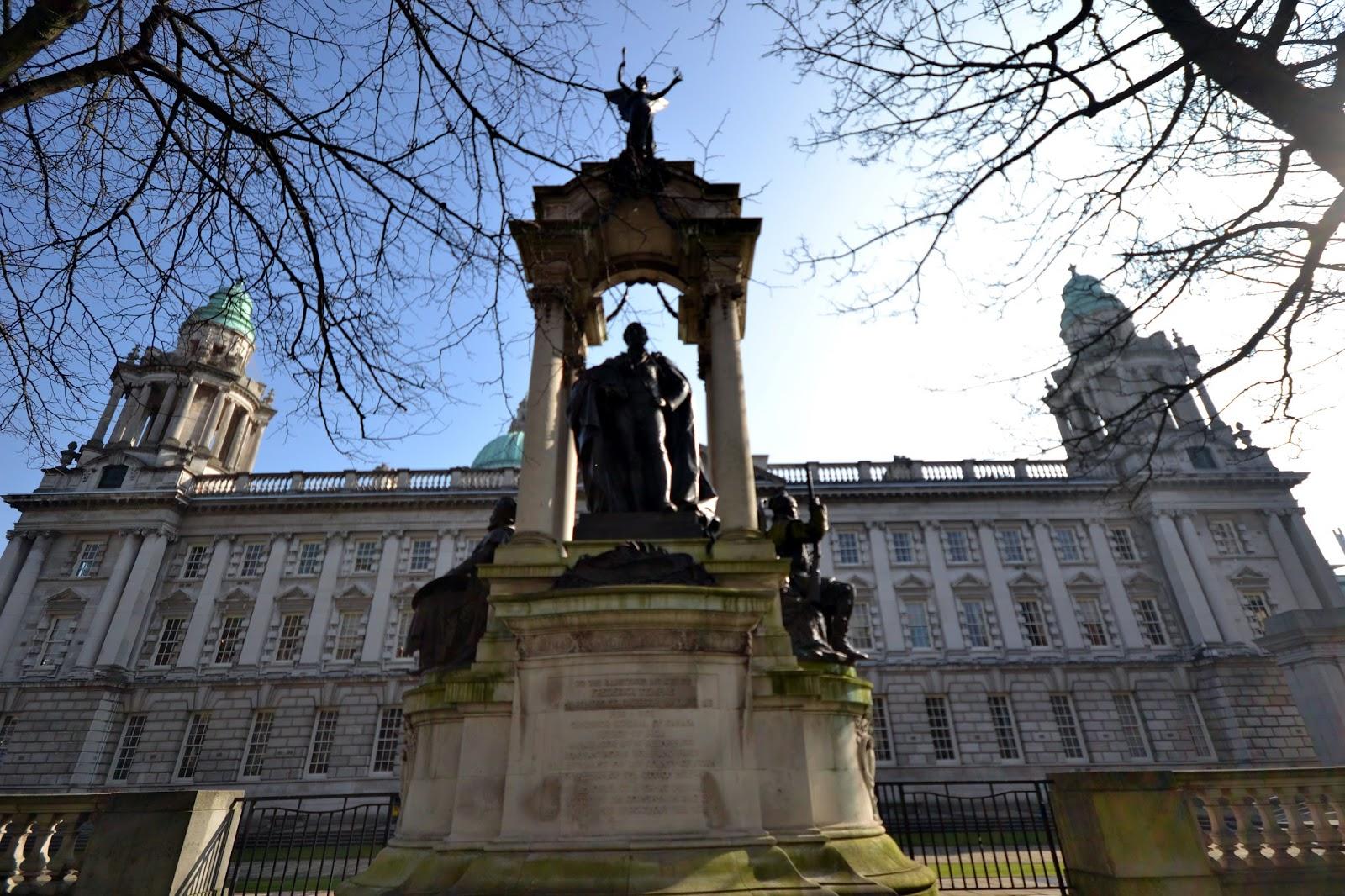 City hall, Belfast, Ireland, Northern Ireland, Murals, Troubles, Ulster, Political, Titanic,