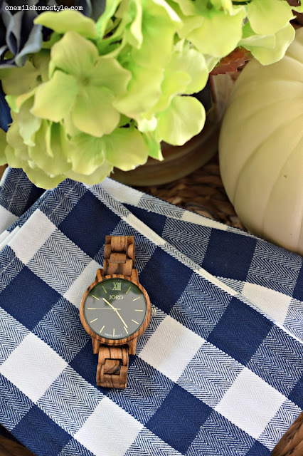 Jord Wood Watch in Navy and Zebrawood