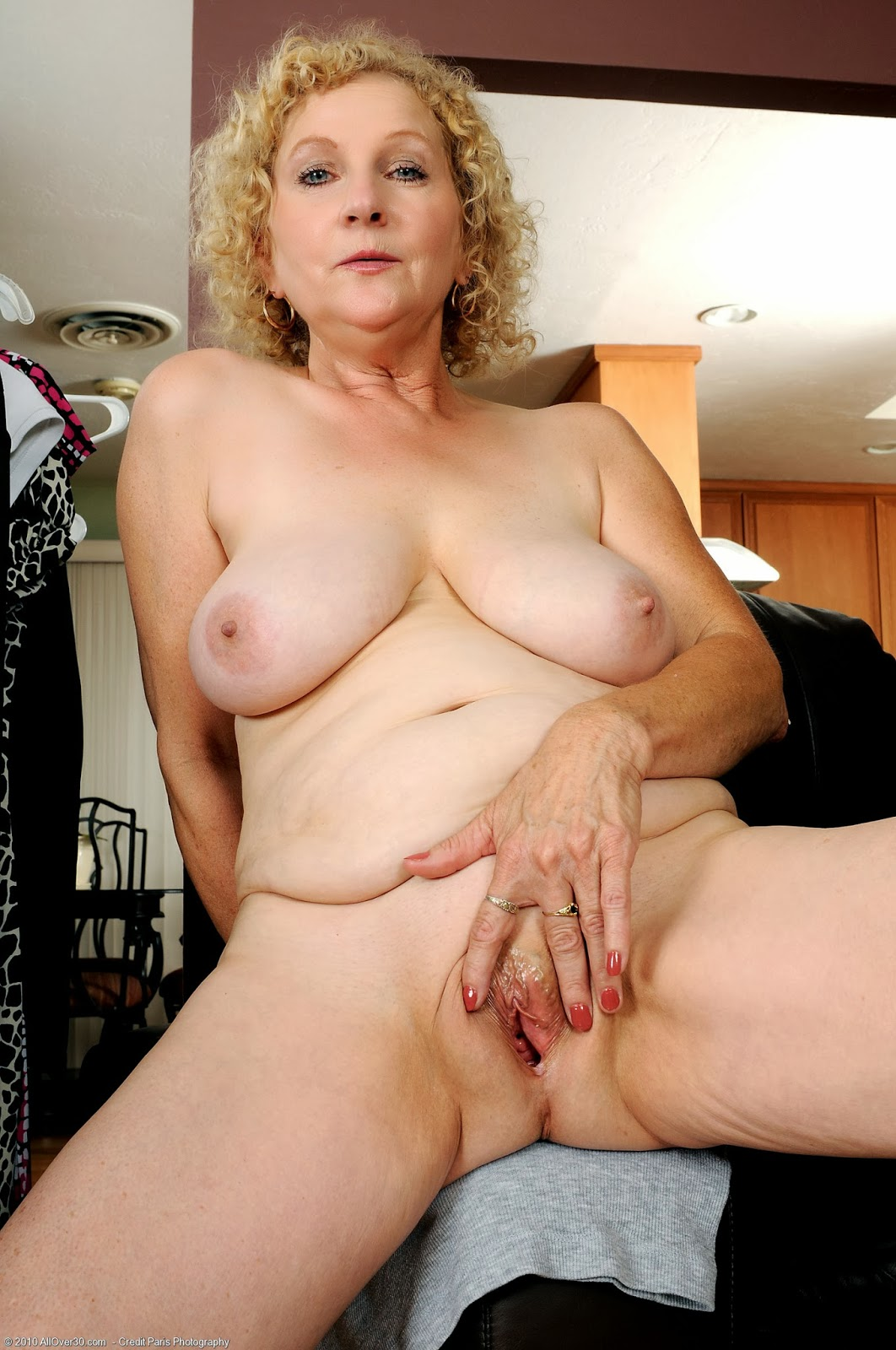 Photos Of Mature Naked Ladies