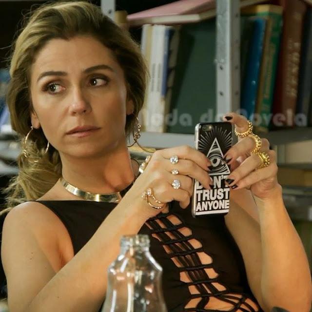 Capinha de celular Atena (Giovanna Antonelli) A regra do jogo,