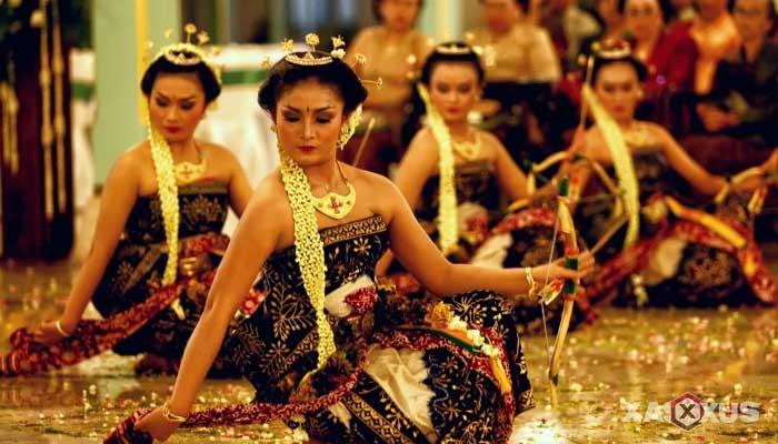Gambar Tari Bedhaya Ketawang, Tarian Tradisional Jawa Tengah