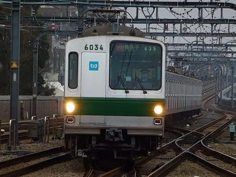 小田急線 千代田線直通 多摩急行 我孫子行き 6000系幕車