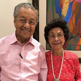 Istri Mahathir Minta Warga Tak Kirimi Hadiah, Ini Alasannya