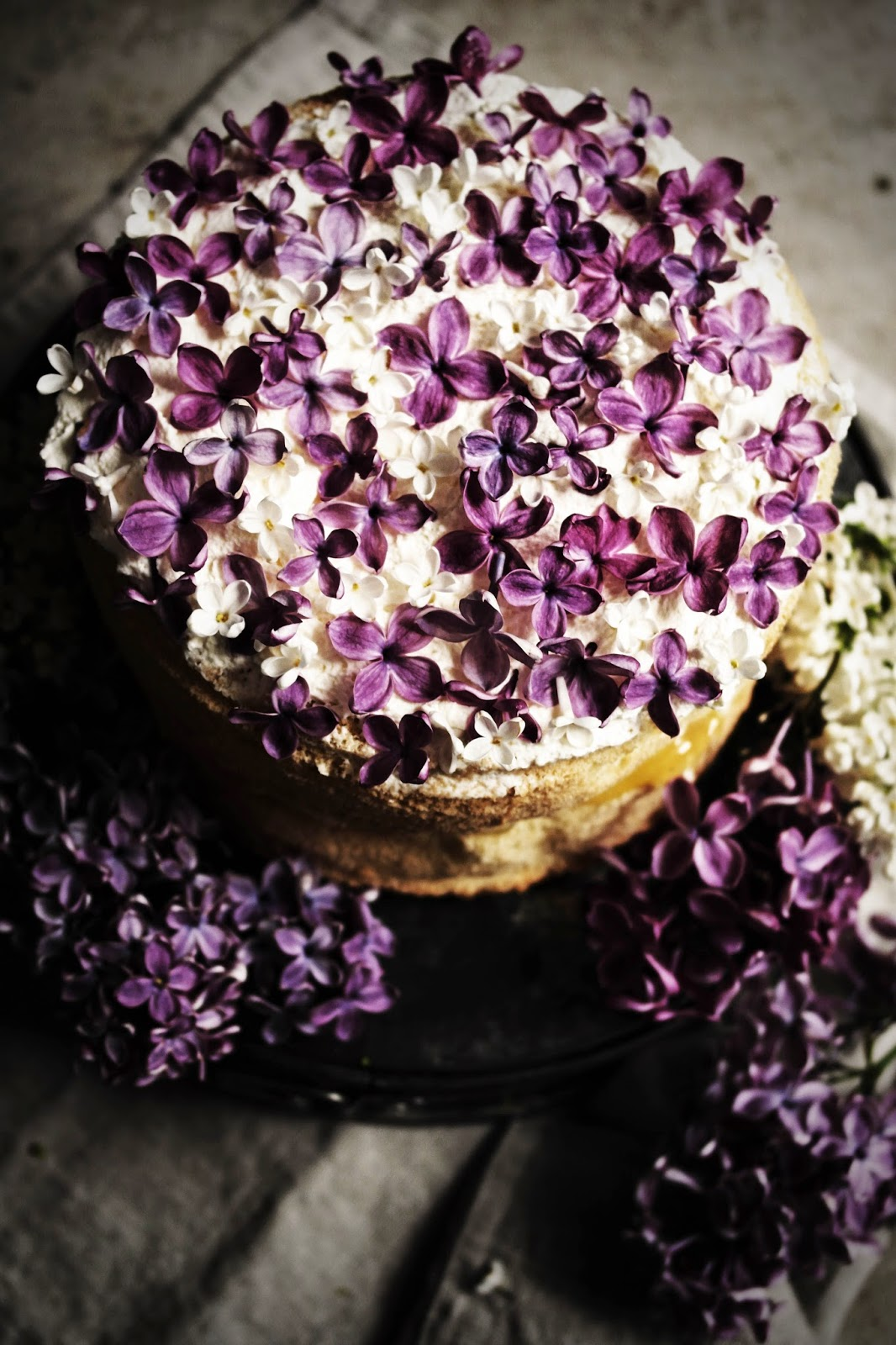 Lilac And White Tea Cup Cake