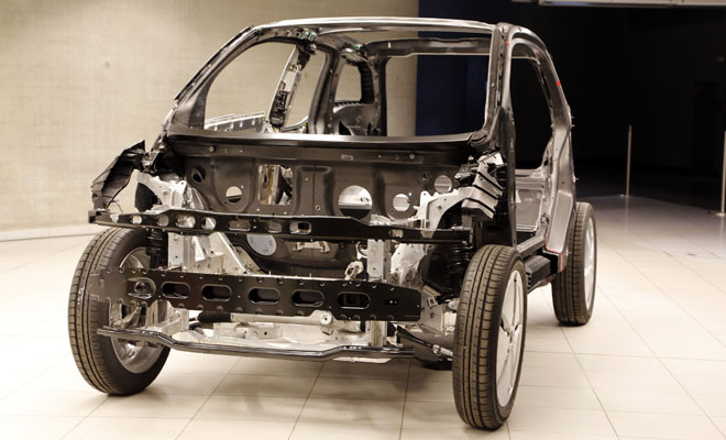 BMW i3 debut - bare chassis