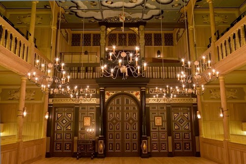 Sam Wanamaker Playhouse, Globe Theatre
