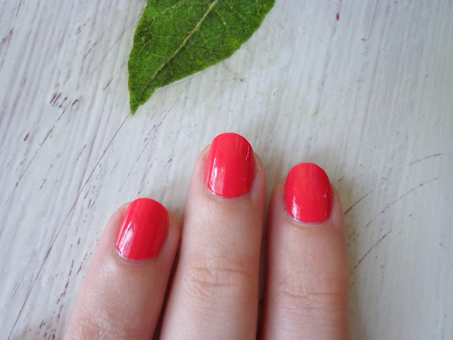 OPI Infinite Shine - She Went On and On and On