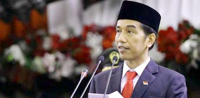 Dikoreksi Warga saat Pidato di Sleman, Jokowi Langsung Salahkan Mensesneg