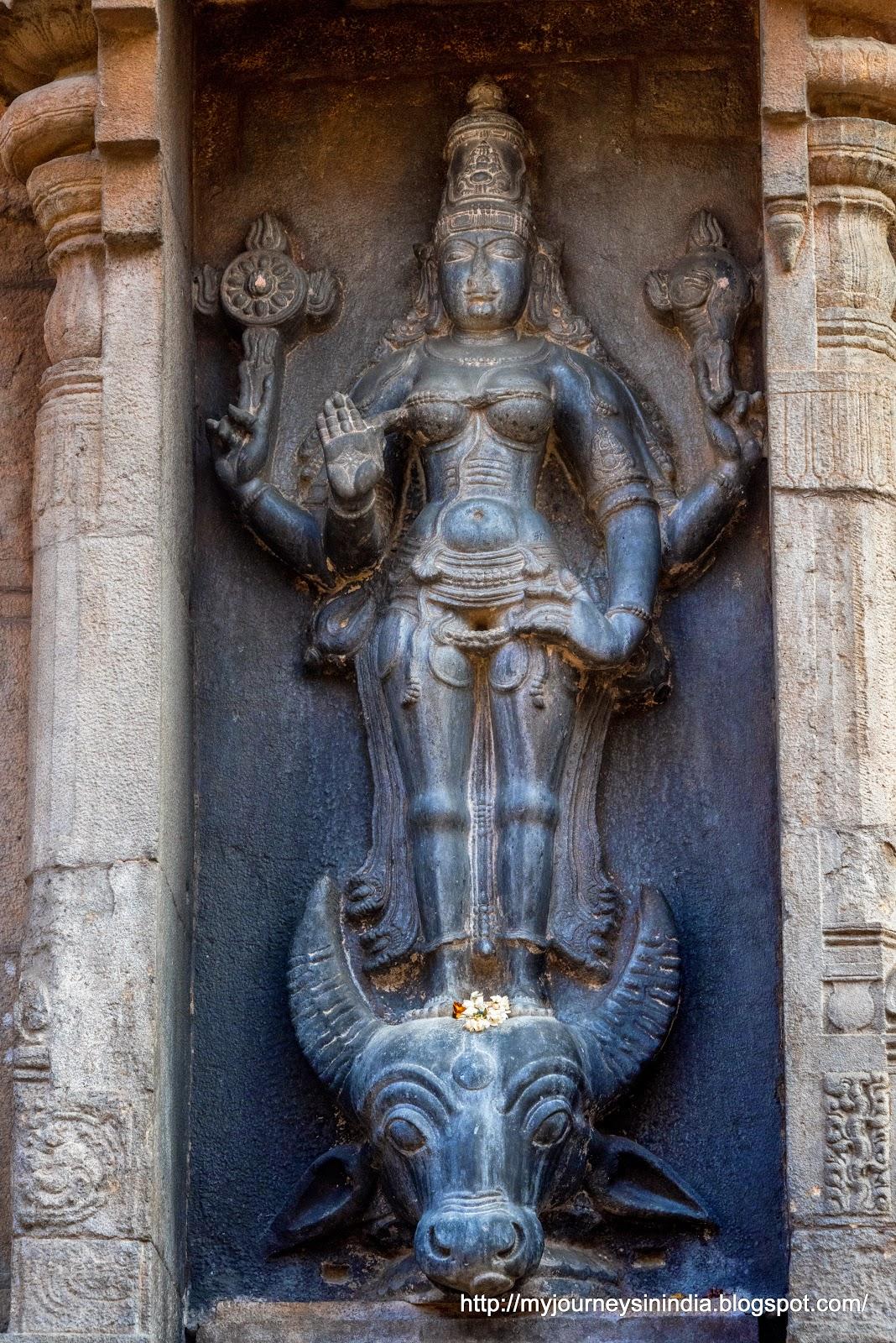 Thanjavur Brihadeeswarar Temple Varahi Amman