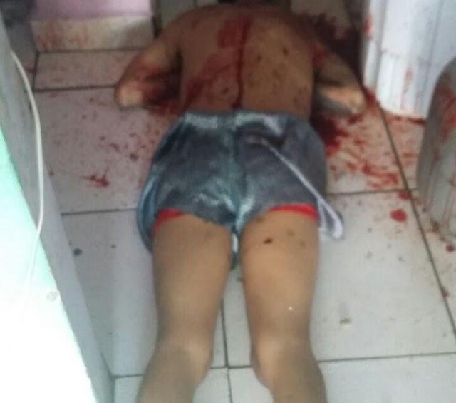 Jovem é executado com 45 tiros na frente da esposa