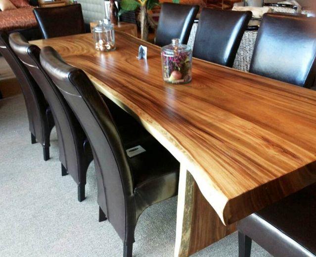 meja makan dari kayu utuh