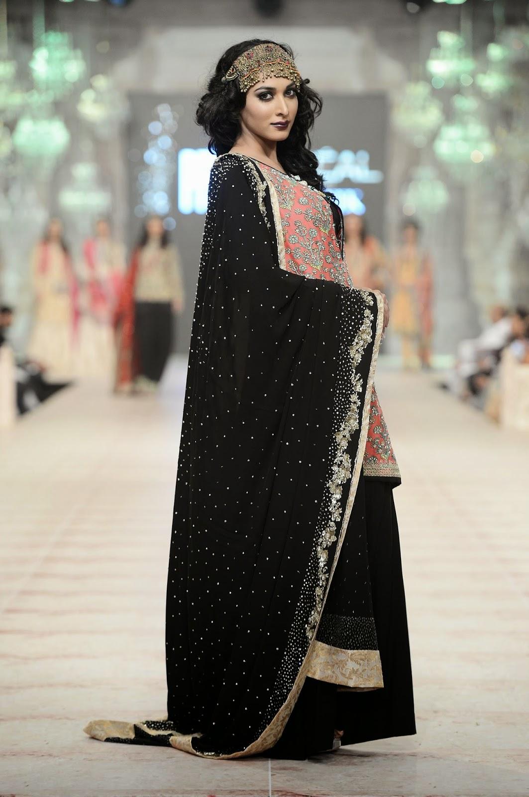 black shalwar dupatta