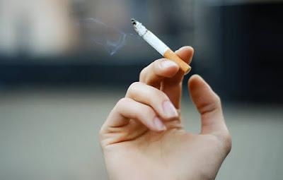 GST: आज से महंगी हो जाएगी सिगरेट लगेगा 64 % टैक्स