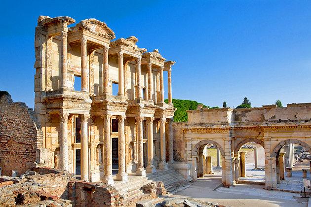Ephesus Peninggalan Dan Kekayaan Masa Lampau Turki - Travel Pelopor Paket Tour Wisata Halal Dunia