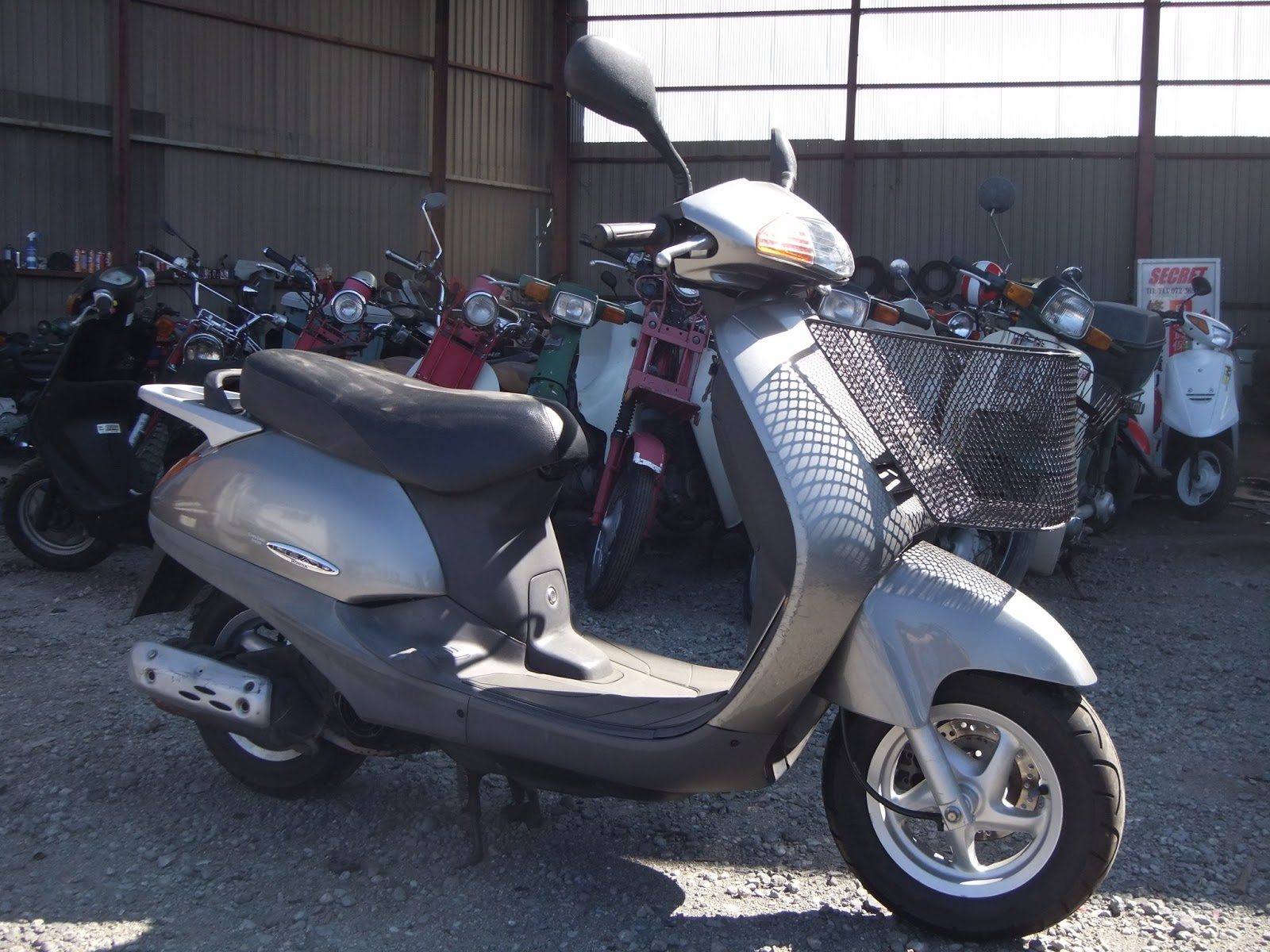 export new used japanese motorcycles scooter from osaka. Black Bedroom Furniture Sets. Home Design Ideas