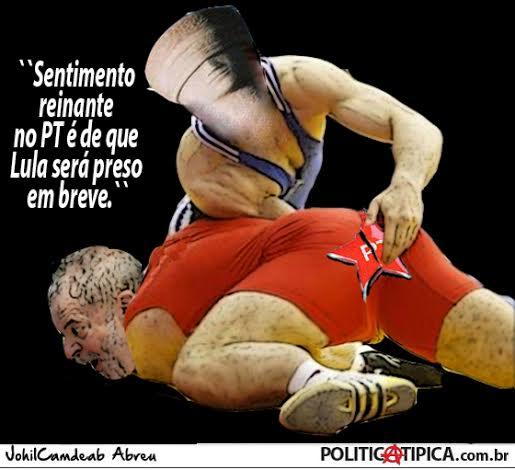 Lula%2Bapertadinho.jpg