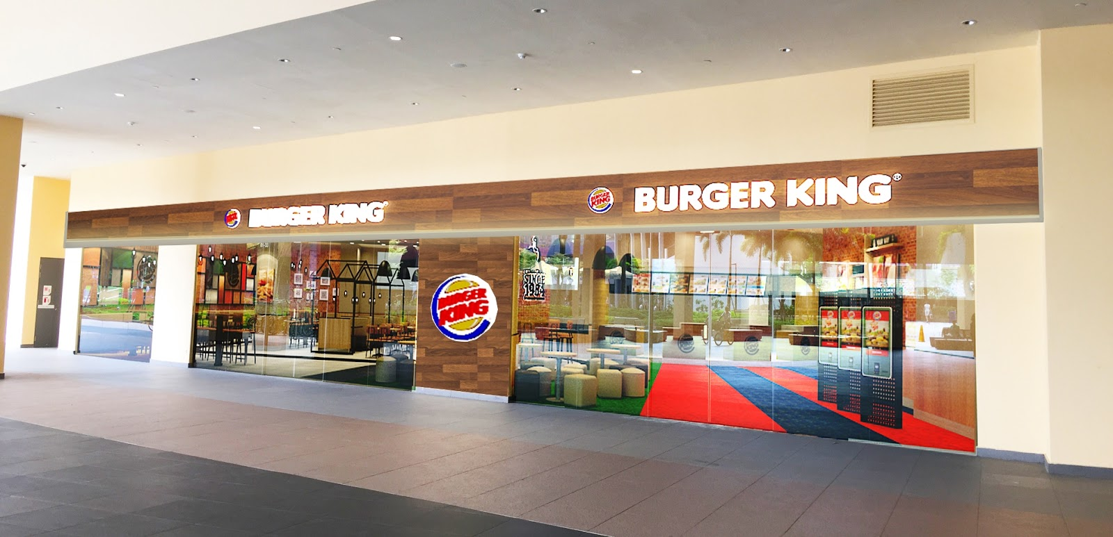 Burger King's Largest Mega Fast Food Restaurant is Open in Bedok!