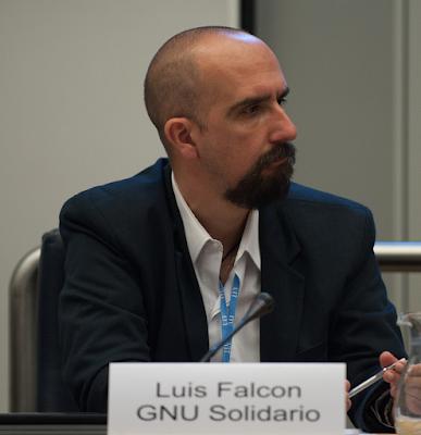 Dr Luis Falcon