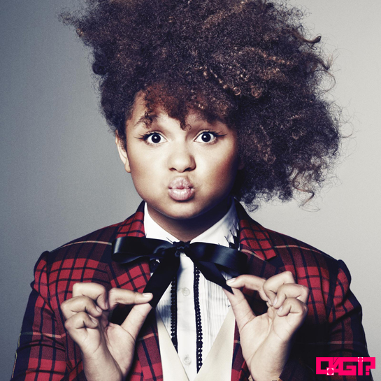 "Rachel Crow canta Amy Winehouse em cover, escute ""Back to Black""."