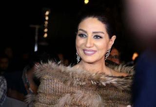 على مهرجان لأ لأ الشعبي..وفاء عامر ترقص بصحبة خبير التجميل علاء التونسي، وأحمد عبد الله، وإليا