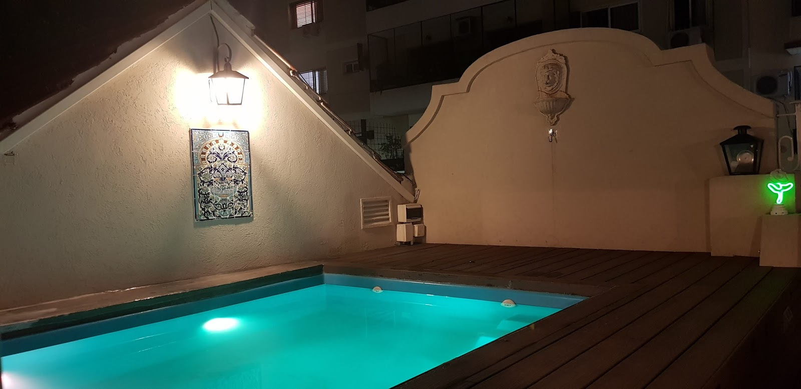 leds in rooftop pool