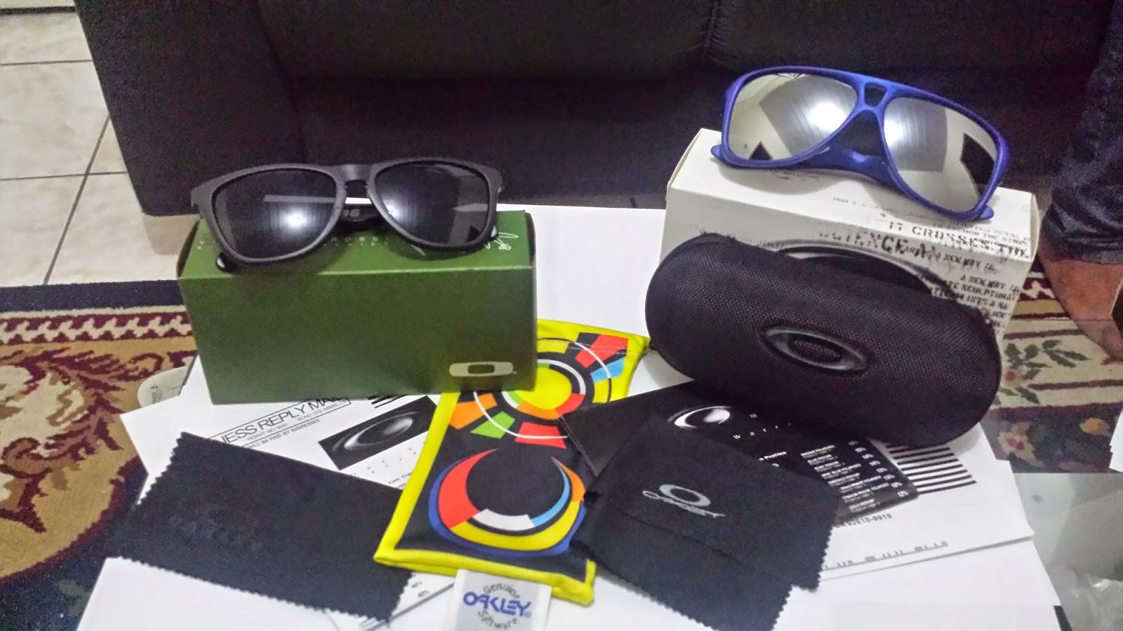 f0db5faf9 Oculos Oakley Frogskins Edição Limitada Valentino Rossi Signature VR46