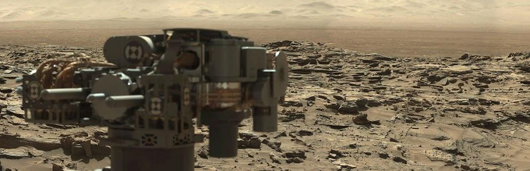 Hình ảnh góc rộng cho thấy phong cảnh bao la của Sao Hỏa, từ vị trí này có thể nhìn thấy được rất xa. Hình ảnh toàn cảnh này được ghép lại từ rất nhiều ảnh đơn được chụp vào sol 1276, tức là vào ngày 9 tháng 3 năm 2016. Hình ảnh: JPL-Caltech/MSSS/NASA.