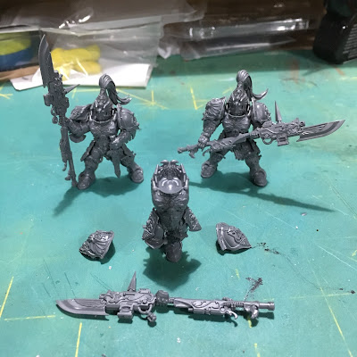 Adeptus Custodes Squad WIP Build in Progress