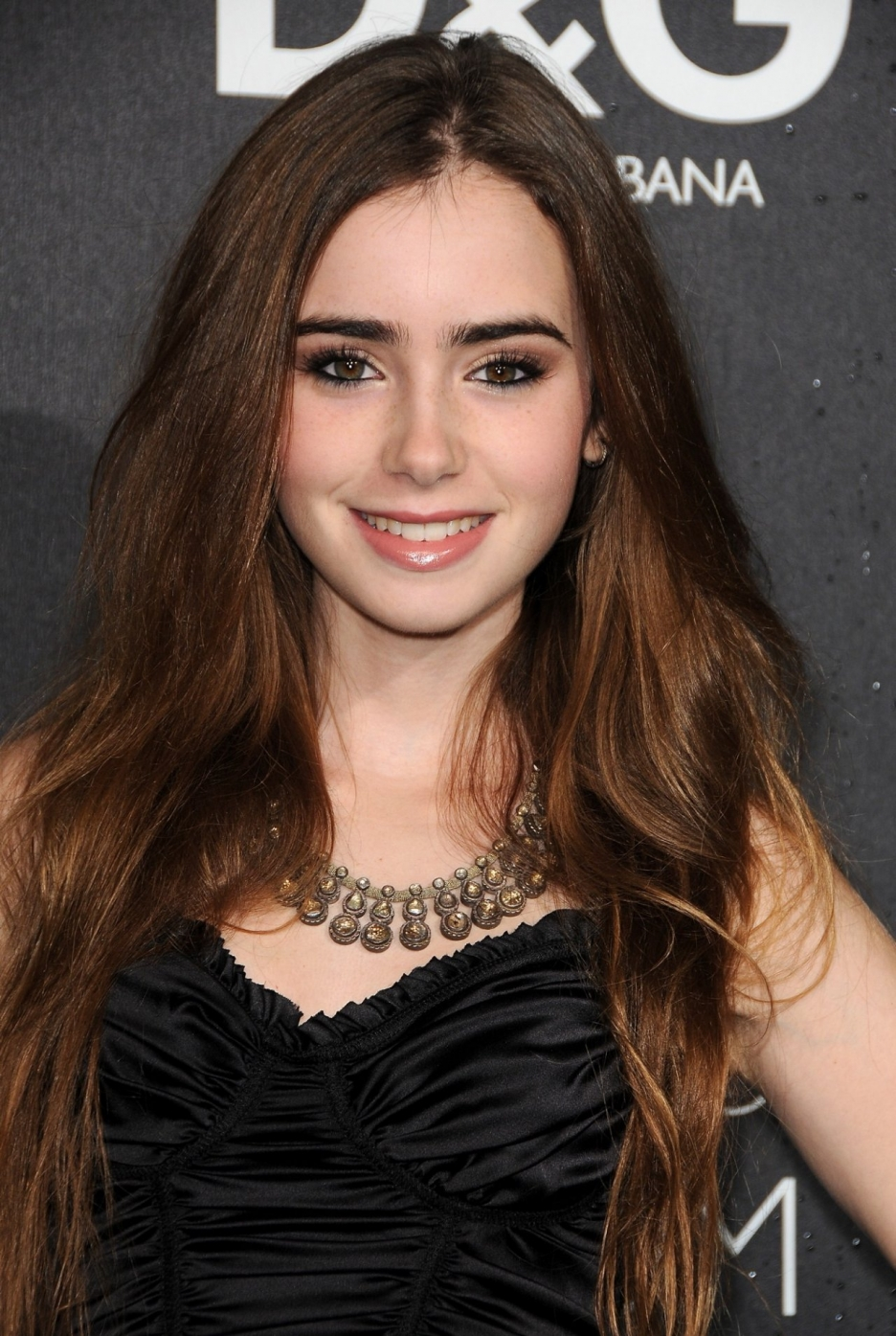 Lily Collins Latest Fashion Ideas
