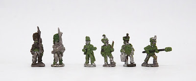 Infantry and Art - Grenadiers x 2 / Line artillery crew x 4: