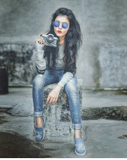 Stylish Attitude Profile Picture Whatsapp DP for Girls with Camera