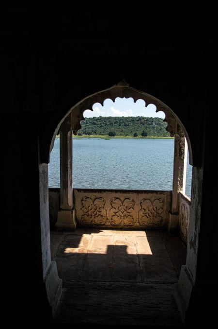 view of lake from Ranagar Palace