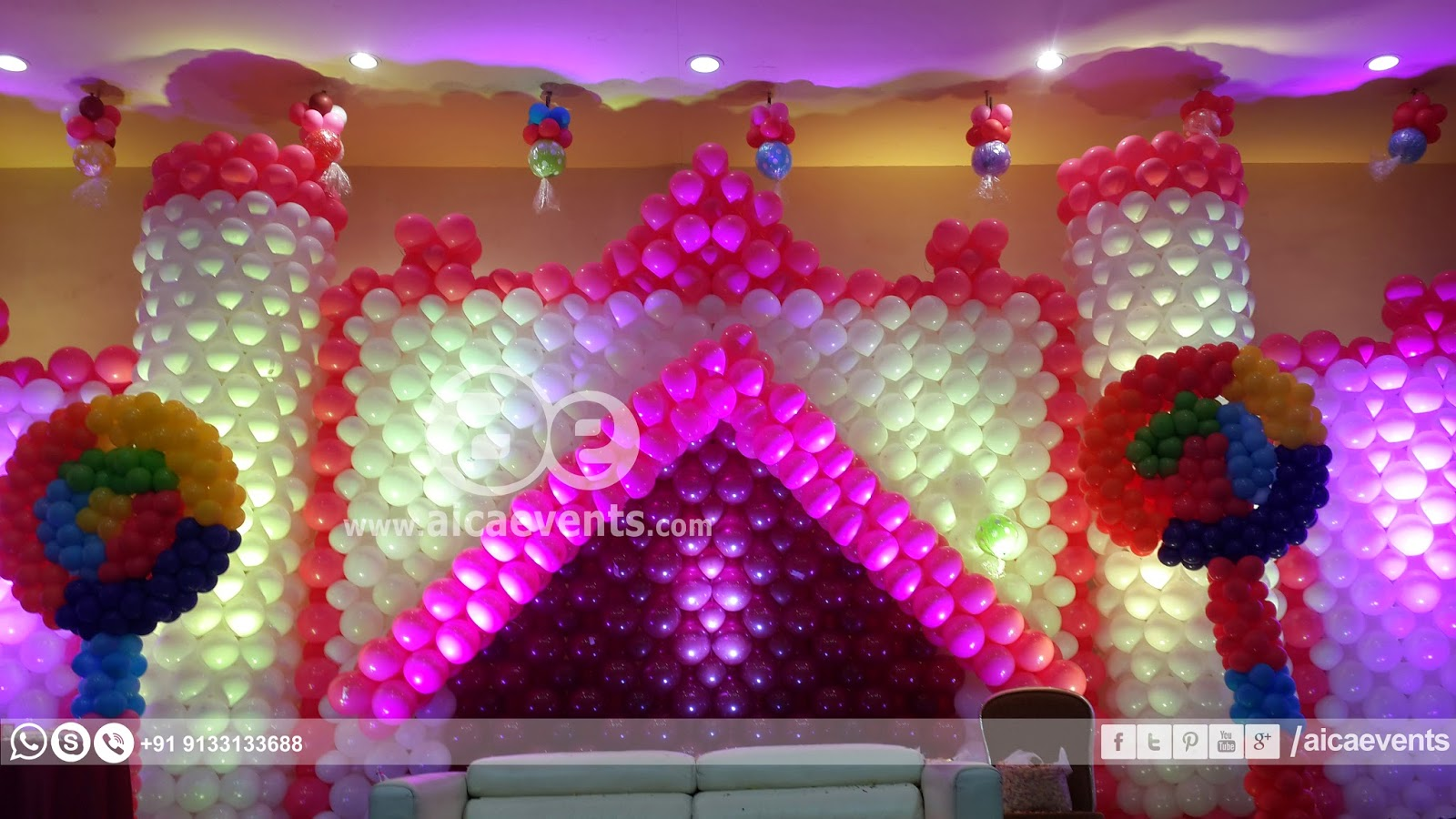 Aicaevents India: Castle with Balloon Wall Decoration