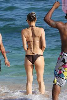 Fergiein-Bikini-2017--34+%7E+SexyCelebs.in+Exclusive+Celebrities+Galleries.jpg