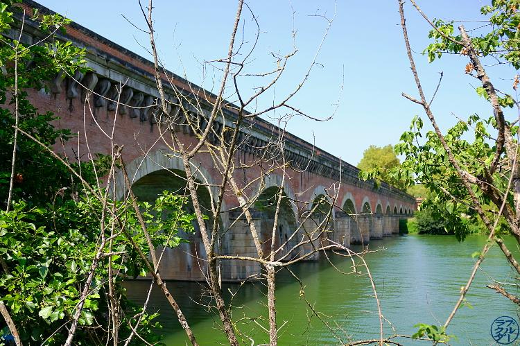Le Chameau Bleu - Blog Voyage Canal des deux mers - Pont canal de Cacors dans le Tarn Et Garonne