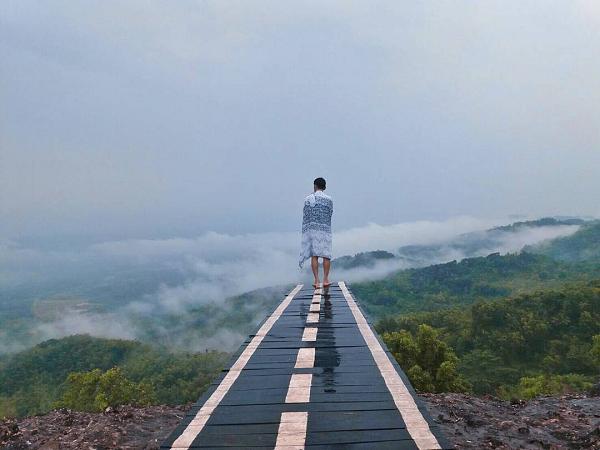 Lokasi Dan Rute Puncak 4g Gunung Gentong View Keren Di Atas Awan