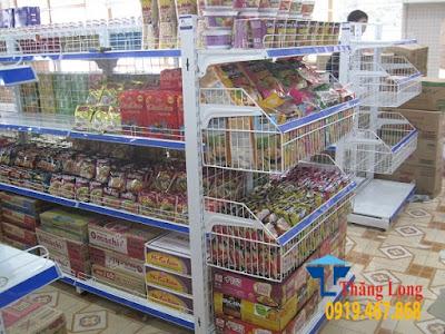 Lắp đặt và hoàn thiện kệ để hàng trong siêu thị