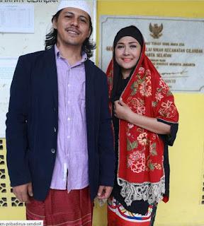 ria irawan menikah
