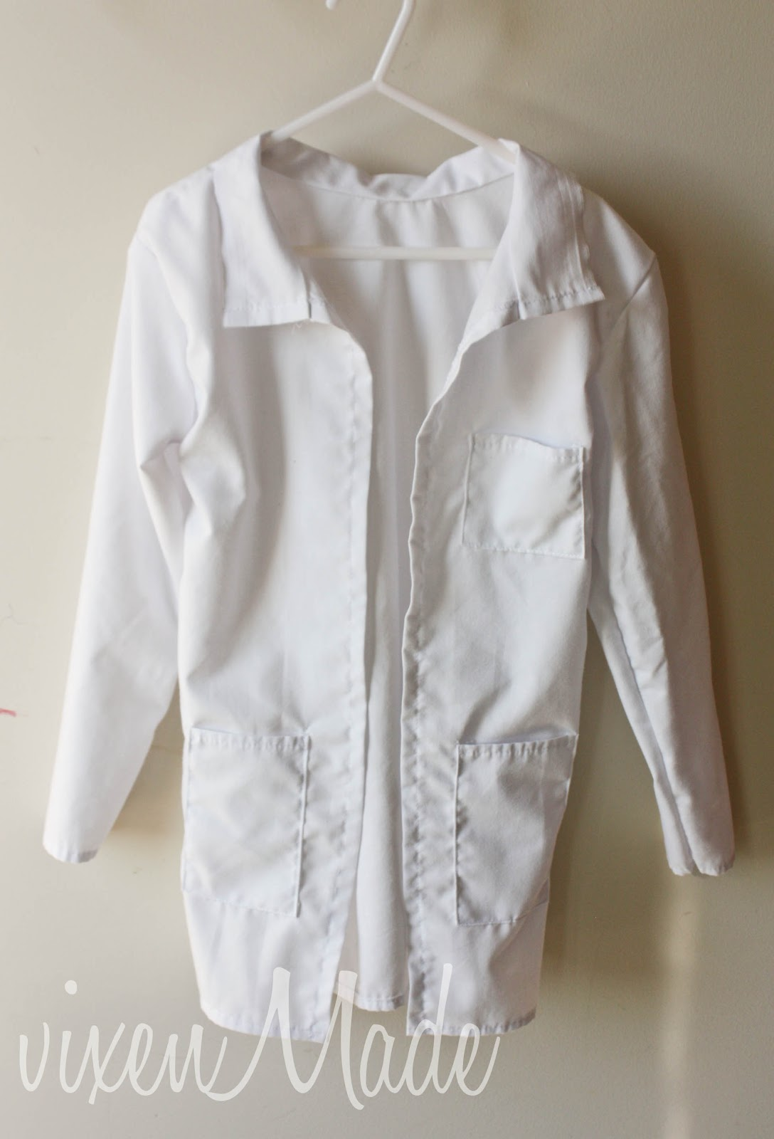 Kids doctors coat tutorial vixenmade parties you just made a lab coat jeuxipadfo Gallery