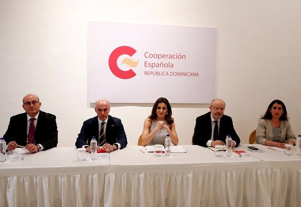 Queen Letizia attended a working meeting with representatives of Dominica Technical Cooperation Office at Santo Domingo History Center