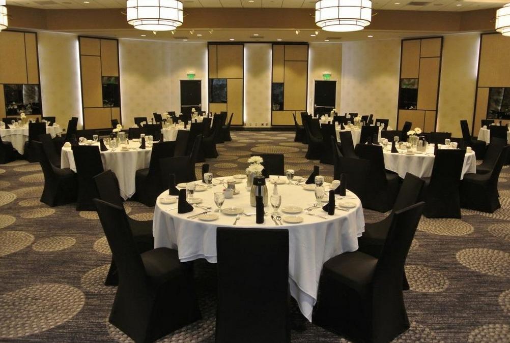 Radisson Fargo ND Wedding Venues