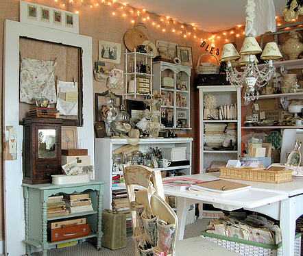 Attractive Shabby Studio And Office Es