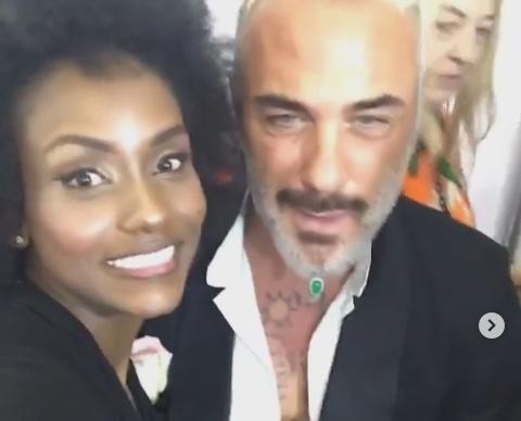 Gianluca Vacchi e la colombiana Yuri Copete insieme, su Instagram, per una foto ricordo