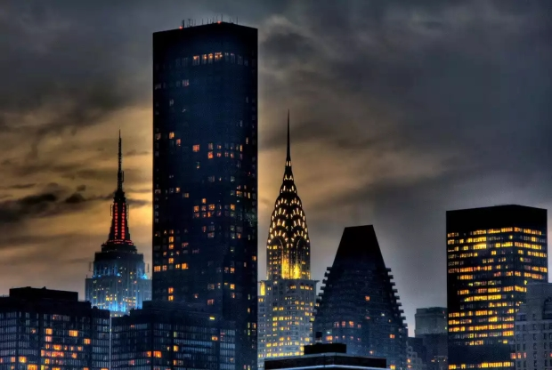 Trump World Tower напротив штаб-квартиры ООН на Манхэттене
