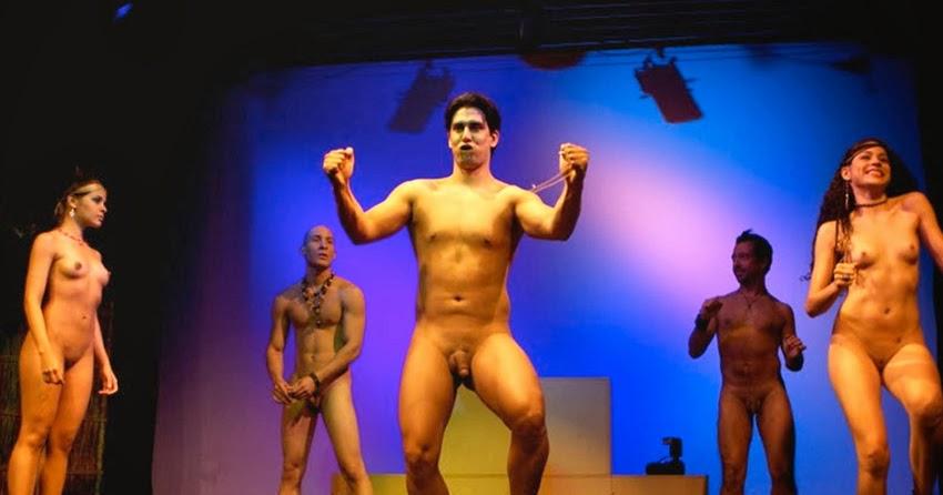 на сцене театра без одежды видео согласны этим обладаете