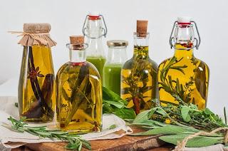 Растительные масла на лечебных травах, http://eda.parafraz.space/, как ароматизировать растительное масло