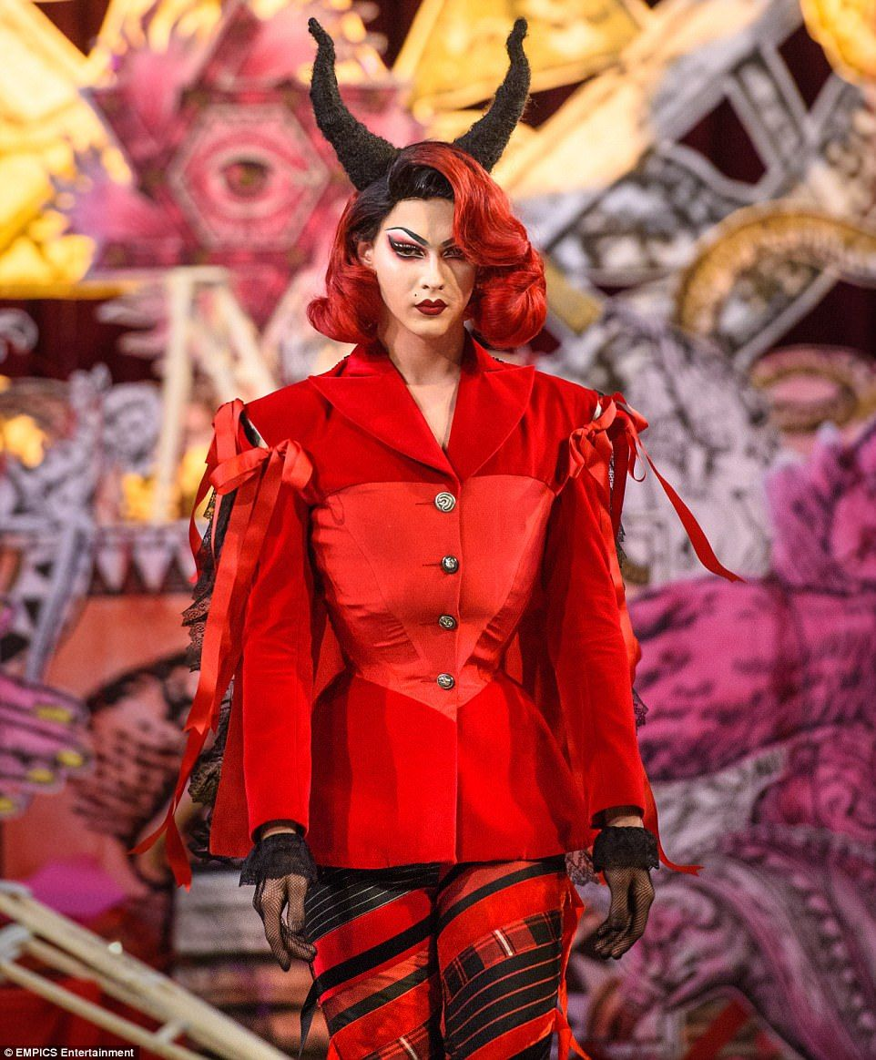 Order of program for church fashion show - Turkish Designer Dilara Findikoglu S Presented Her Spring Summer 2018 Collection At London Fashion Week And It Was Nothing Less Than A Satanic Black Mass